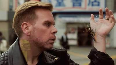 Cyborg Chris Dancy lleva implantes por todo el cuerpo