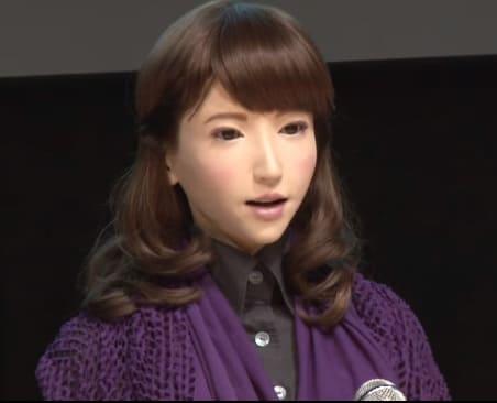 el robot humanoide Erica creada por Hiroshi Ishiguro es la androide más bella que se ha creado